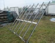 Bagażnik boczny do transportu okien i nie tylko zdemontowany z iveco.Wysokość 250 cm a długość...